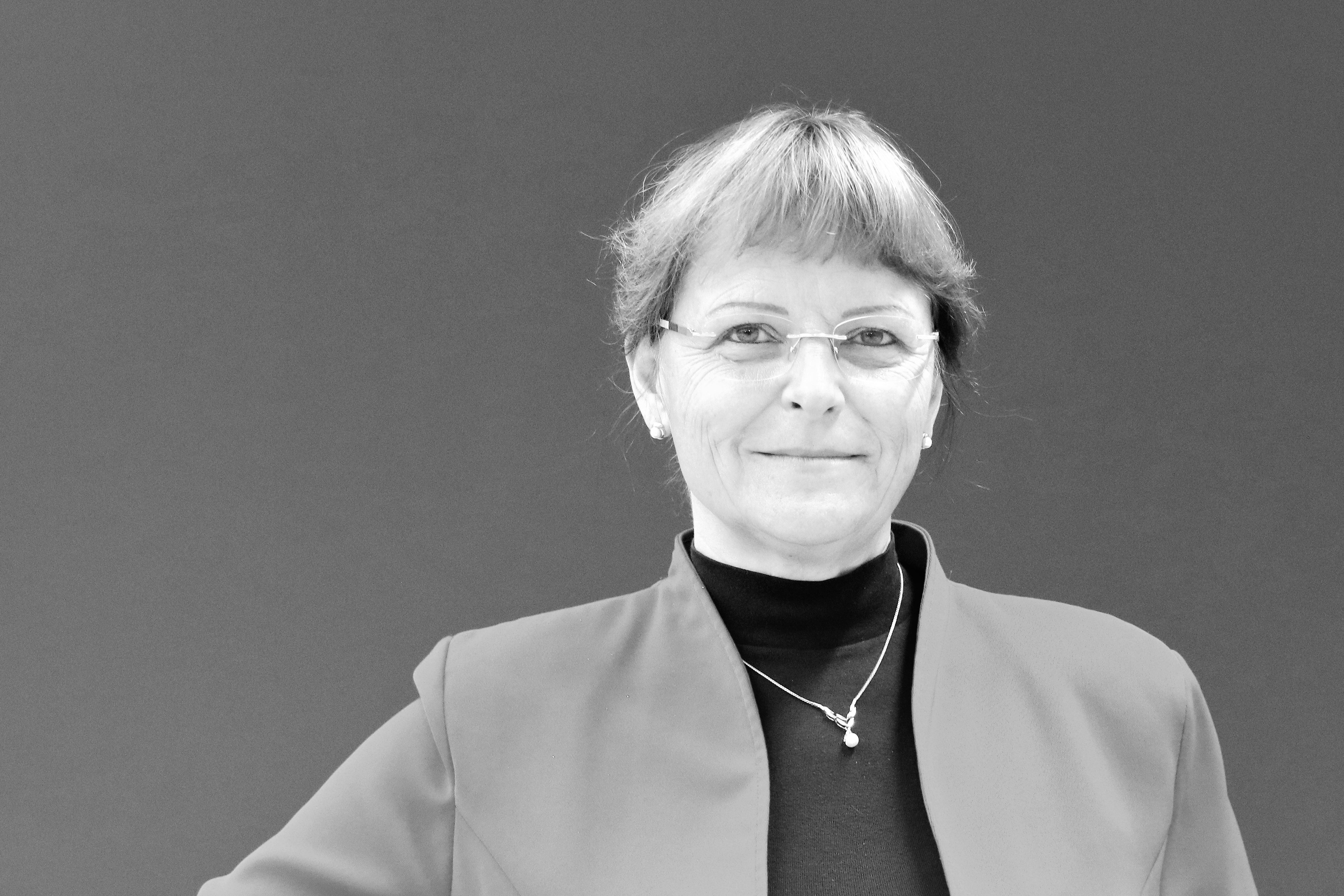 New Administrative Director at IFW Dresden: Juliane Schmidt